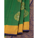 Vaira Oosi Woven Dark Green Soft Silk Saree With Traditional Motifs On Body